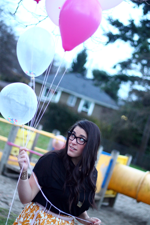 DIY Pom Pom Balloons | Squirrelly Minds