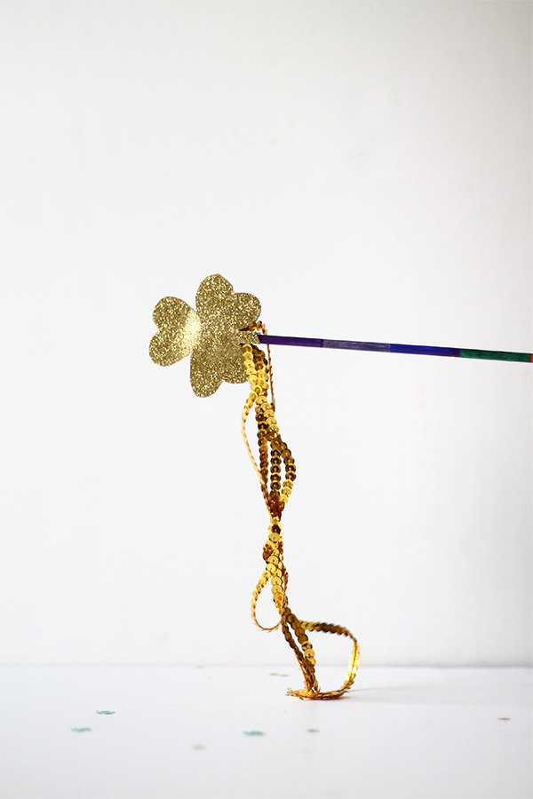 DIY Shamrock Wand | Squirrelly Minds