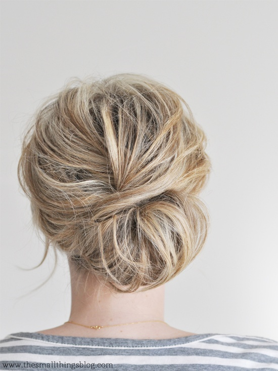 Pinned Via on Squirrelly Minds | Low Chignon Tutorial from The Small Things Blog