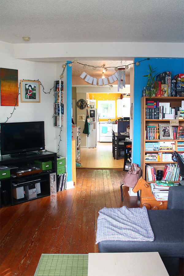 A tour of our first home, the rental | Squirrelly Minds