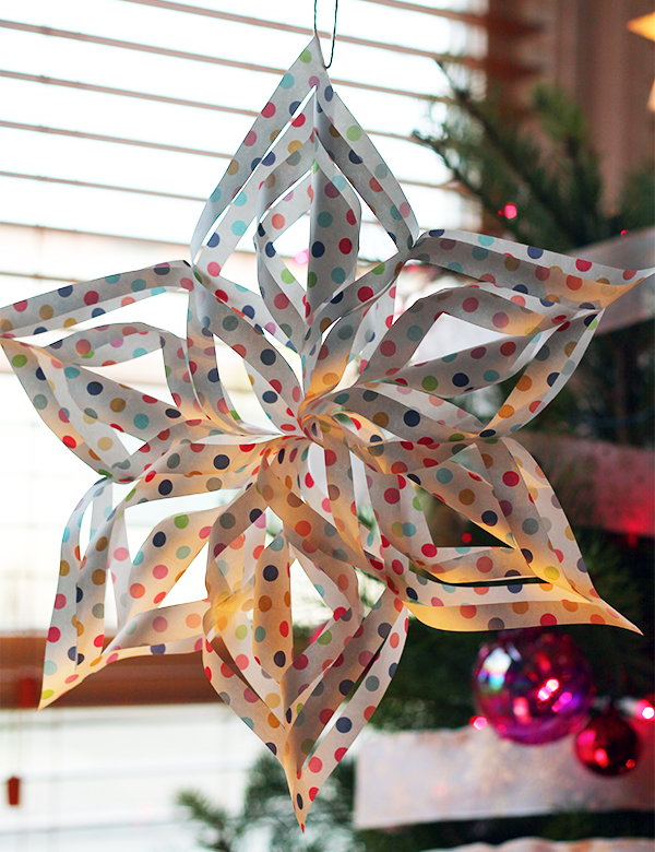3D Snowflake DIY from Squirrelly Minds