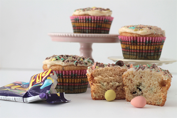 Mini Egg Explosion Cupcakes | Squirrelly Minds