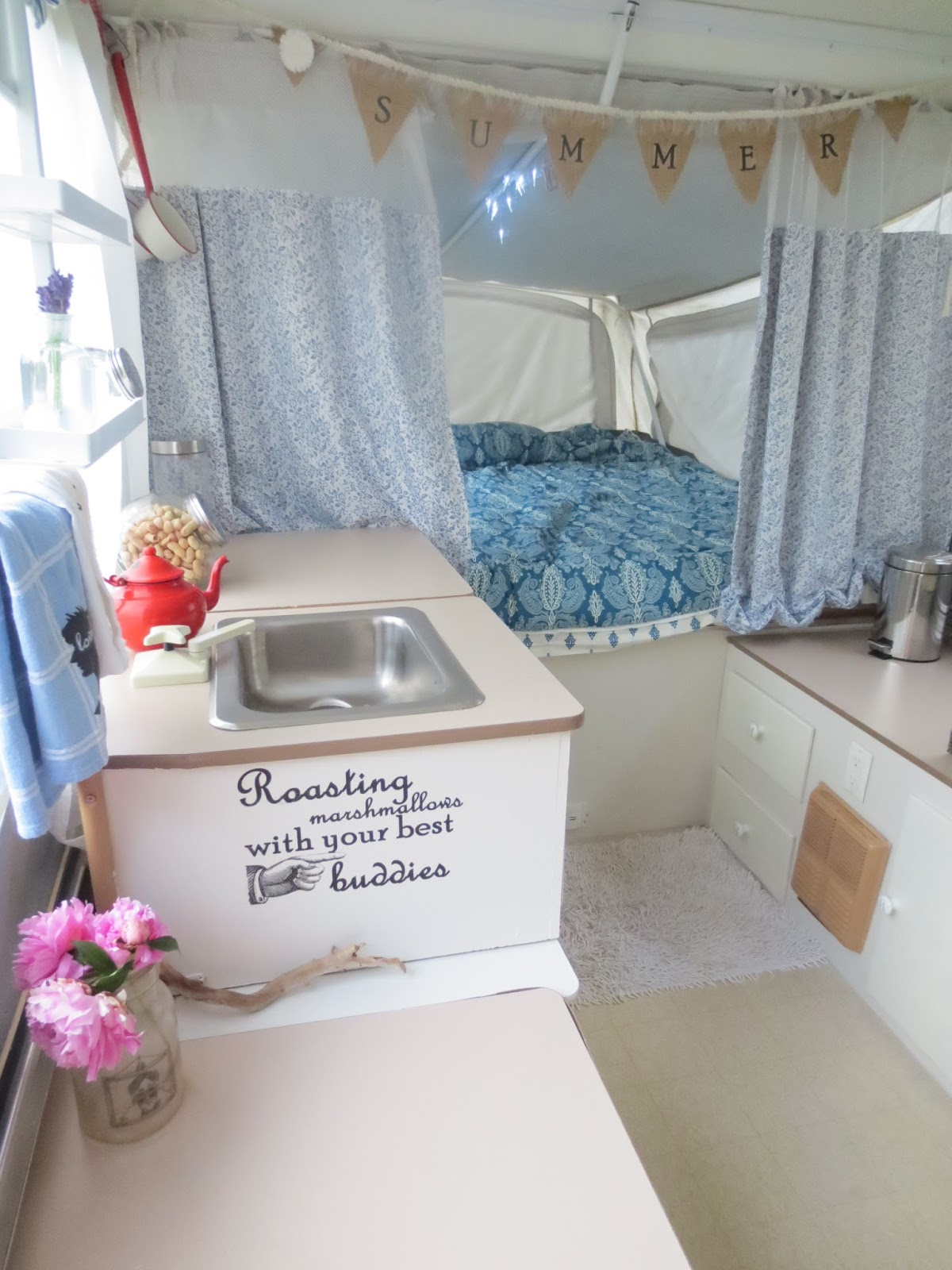 Home camping in cute campers squirrelly minds Diy caravan interior design ideas