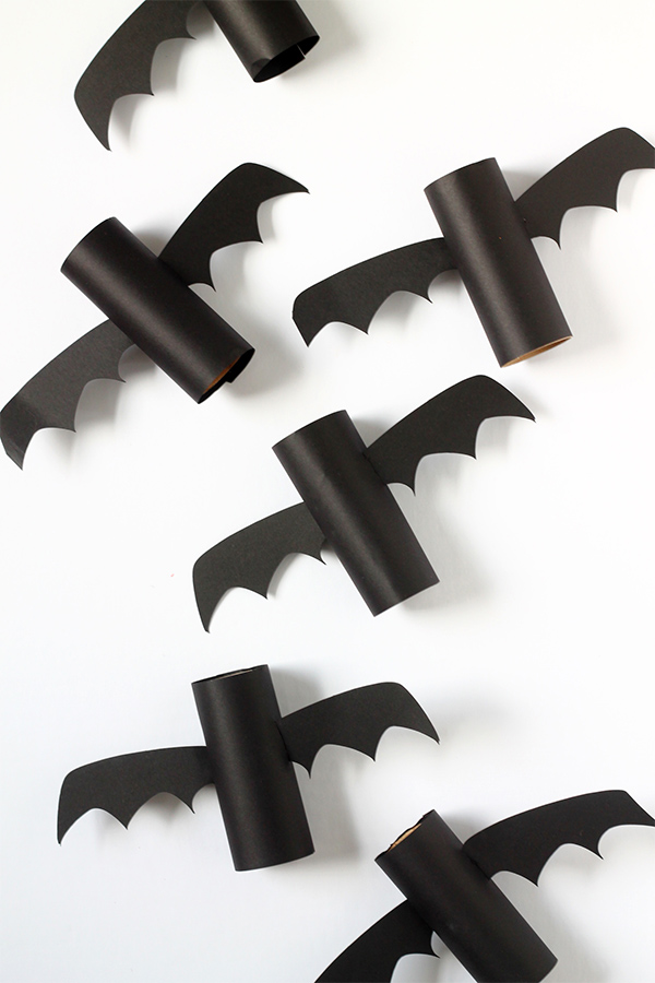5 Minute DIY TP Roll Bats | Squirrelly Minds
