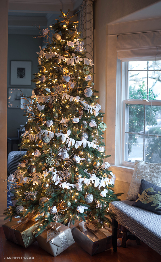 Top 10 Natural Glam Christmas Trees - Lia Griffith | Squirrelly Minds