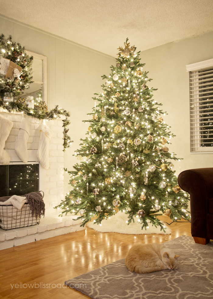 Top 10 Natural Glam Christmas Trees - Yellow Bliss Road | Squirrelly Minds