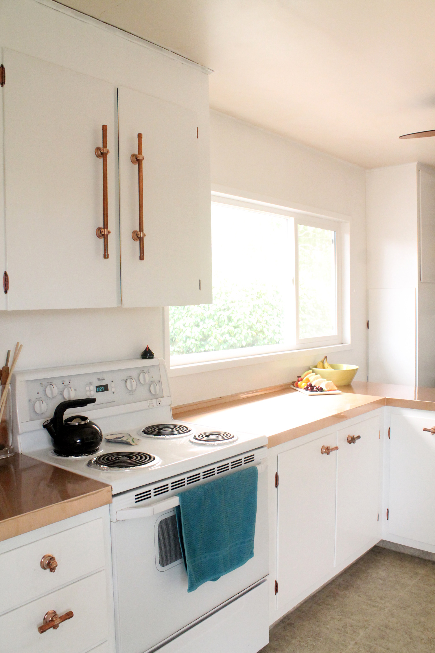 Copper and White Kitchen Makeover | Squirrelly Minds