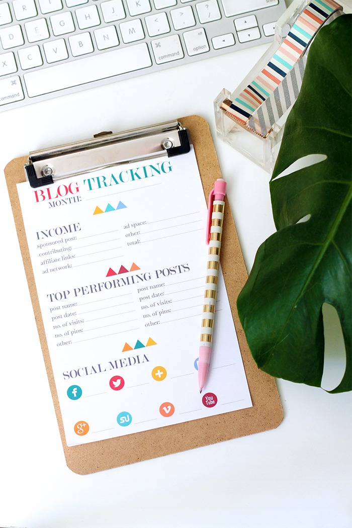 Printable Monthly Blogger Tracking Sheets | Squirrelly Minds
