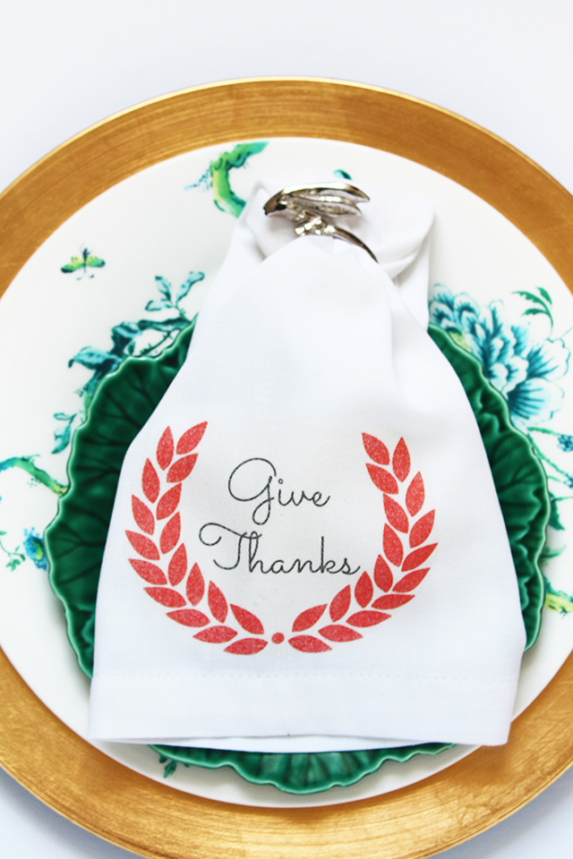 Thanksgiving Printable Napkins | Squirrelly Minds