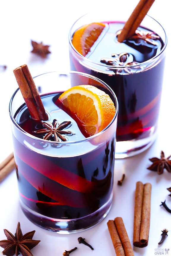 Mulled Wine Recipes - Photo by Gimme Some Oven | Squirrelly Minds