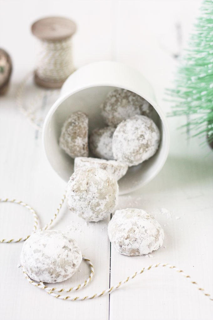 Top 5 Christmas Cookie Recipes - Photo by Lulu The Baker | Squirrelly Minds